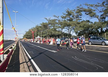 Competitors Running On  M4  Freeway In Durban, South Africa