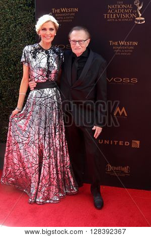 LOS ANGELES - MAY 1:  Shawn Southwick King, Larry King at the 43rd Daytime Emmy Awards at the Westin Bonaventure Hotel  on May 1, 2016 in Los Angeles, CA