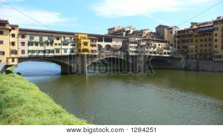 Firenze Apartment Bridge