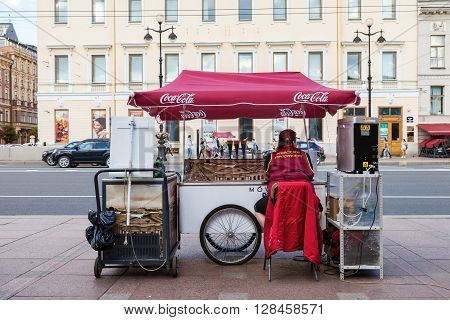 ST.PETERSBURG RUSSIA - AUGUST 5 2015: Ice cream sales on Nevsky Prospect in summer day