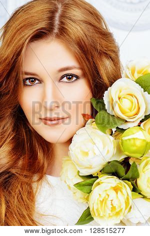 Portrait of beautiful bride with a bridal bouquet. Wedding. Beauty, fashion. Cosmetics.