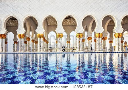 Abu Dhabi, UAE- March 2, 2016:Fontaine in Abu Dhabi Sheikh Zayed Grand Mosque UAE