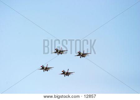 Thunderbird08