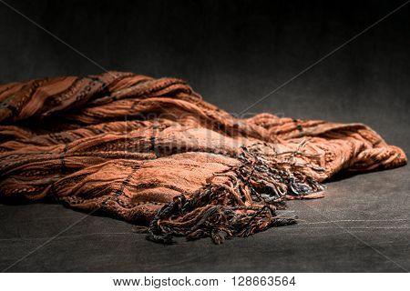 Female Light Necktie