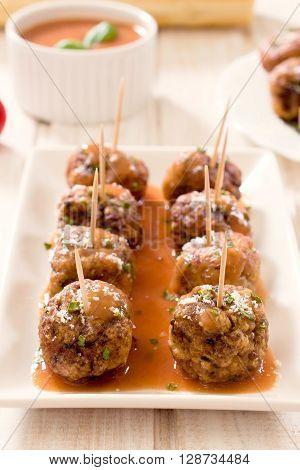 Meatballs In Tonato Sauce