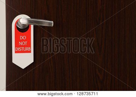 do not disturb hang on the door