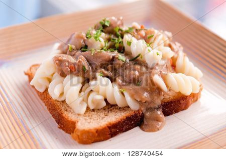 Macaroni Sandwich