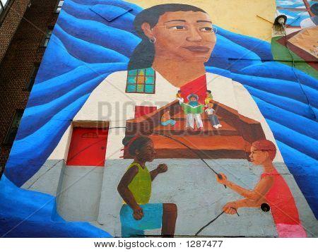 Bunte Nachbarschaft Wandbild von Kindern Springseil