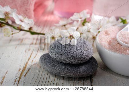 Pink spa set: liquid soap, towel and rose sea salt