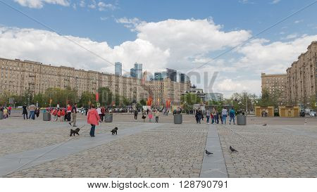 Moscow - May 6 2016: People walk on territrorii Victory Park on Kutuzovsky Prospekt on Poklonnaya Hill May 6 2016 Moscow Russia