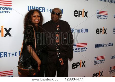 LOS ANGELES - MAY 3:  Lou Gossett Jr at the Under the Gun Premiere at the Samuel Goldwyn Theater on May 3, 2016 in Beverly Hills, CA