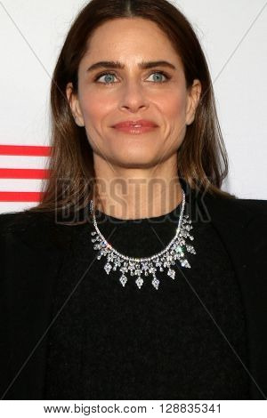 LOS ANGELES - MAY 3:  Amanda Peet at the Under the Gun Premiere at the Samuel Goldwyn Theater on May 3, 2016 in Beverly Hills, CA