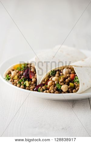 Vegan Wraps With Lentil, Chickpea Peppers And Kidney Bean