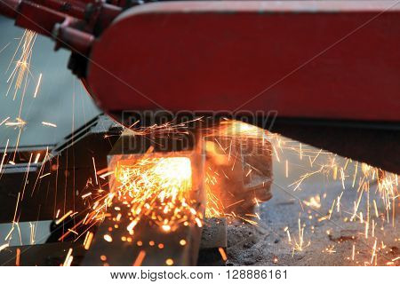 metal cutting electric saw at high speed