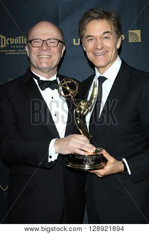 LOS ANGELES - May 1: Charles L Dages, Dr Mehmet Oz at The 43rd Daytime Emmy Awards Gala at the Westin Bonaventure Hotel on May 1, 2016 in Los Angeles, California