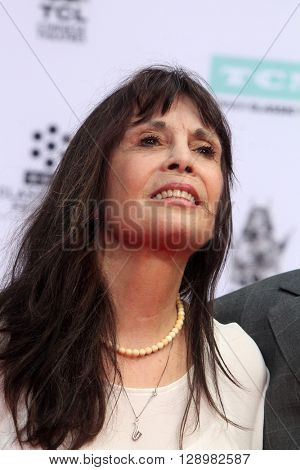 LOS ANGELES - APR 29:  Talia Shire at the Francis Ford Coppola Hand and Foot Print Ceremony at the TCL Chinese Theater IMAX on April 29, 2016 in Los Angeles, CA