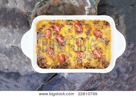 Hash estratos marrón o cazuela de desayuno