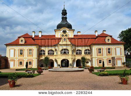 Nebilovy Castle