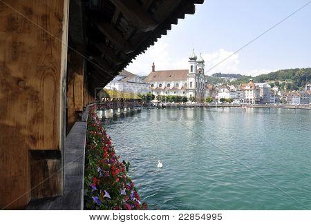 Lucerna Suíça ponte Blue Lake