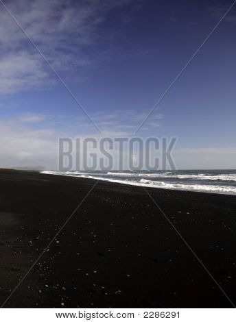 Atlantic Ocean, Volcanic Beach