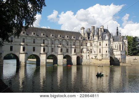 Chenonceau - Castle And Garden