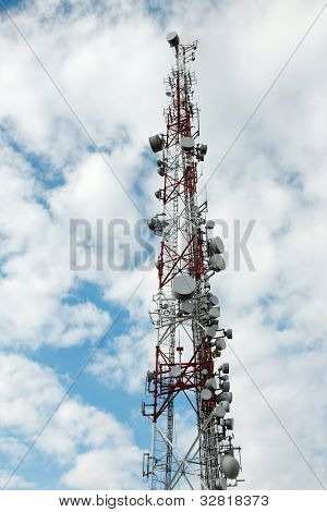 Signal transmitter tower