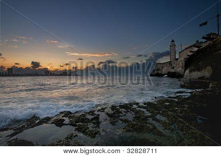 hispanische Festung el Morro in Havanna Bucht Eingang