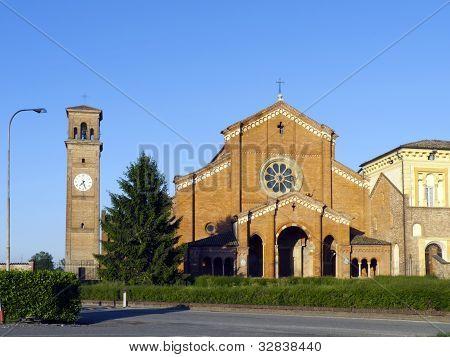 Abbazia Di Chiaravalle Della Colomba