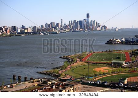 Weehawken Waterfront Park And Recreation Center