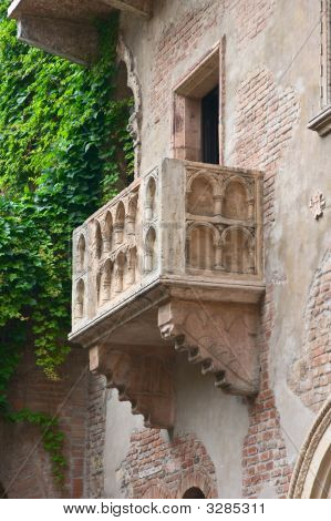 Romeo And Juliet Balcony, Verona, Italy
