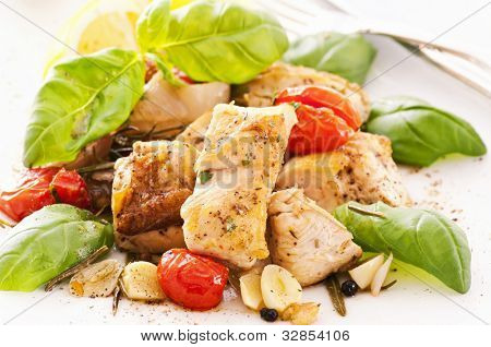 Chicken roasted with garlic and tomato