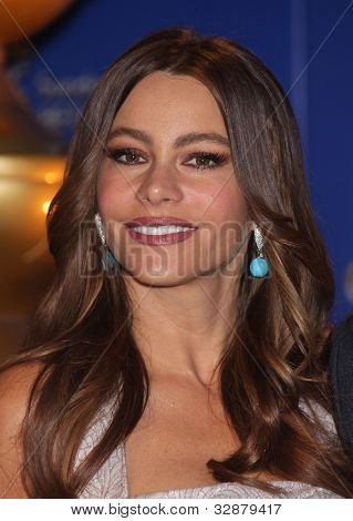 LOS ANGELES - DEC 14:  Sofia Vergara annoucing the Golden Globe Awards 2012 Nominations  on December 14, 2011 in Beverly Hills, CA.