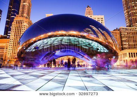Chicago Bean at night