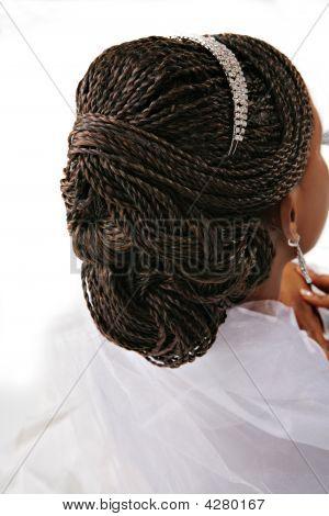 Closeup de trenza de cabello en la mujer fantasia