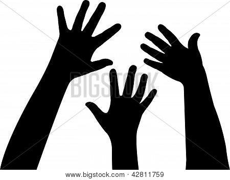 três mãos juntas