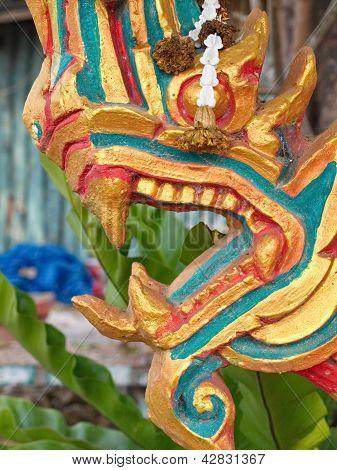 Naga (2)