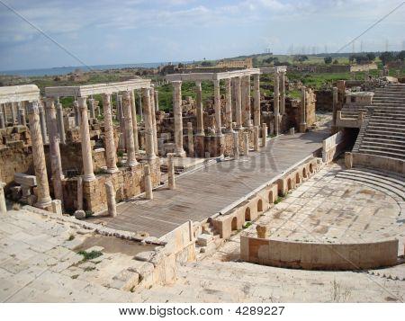Theater Libdeh