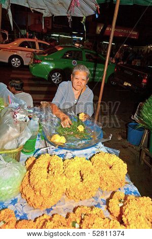 People Selling Flowers At Pak Khlong Thalat Market