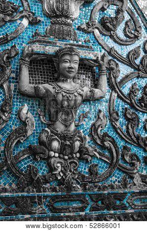 Tympanum of Wat Jumpa