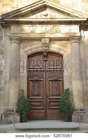 Portal in Barcelona