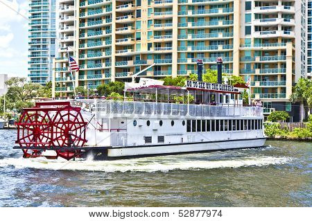 Cruise With Carrie B Paddlewheel Riverboat In Fort Lauderdale