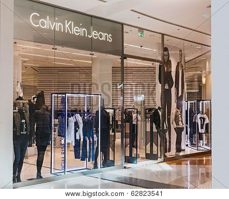 Calvin Klein Store Clothes In The Mall Metropolis
