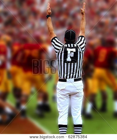 Touchdown, Referee with hands up