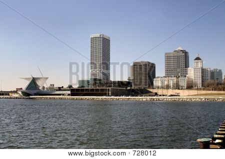 Milwaukee Skyline -2