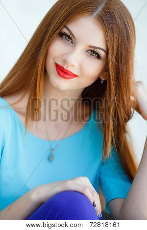 Portrait of a amazing beautiful woman