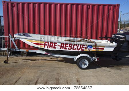 Fire rescue boat in New York