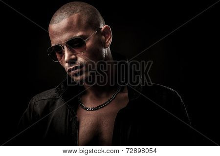Dark Photos Of A Mysteryous Handsome Young Man With Sunglasses