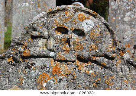 Skull and Crossbones tombstone