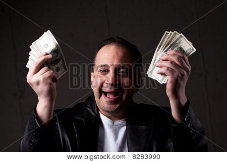 Man met geld