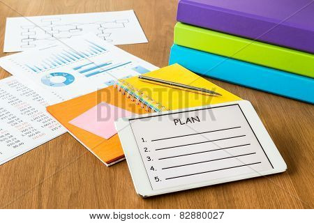 Digital Tablet Pc Showing Blank Form Of Project Planning